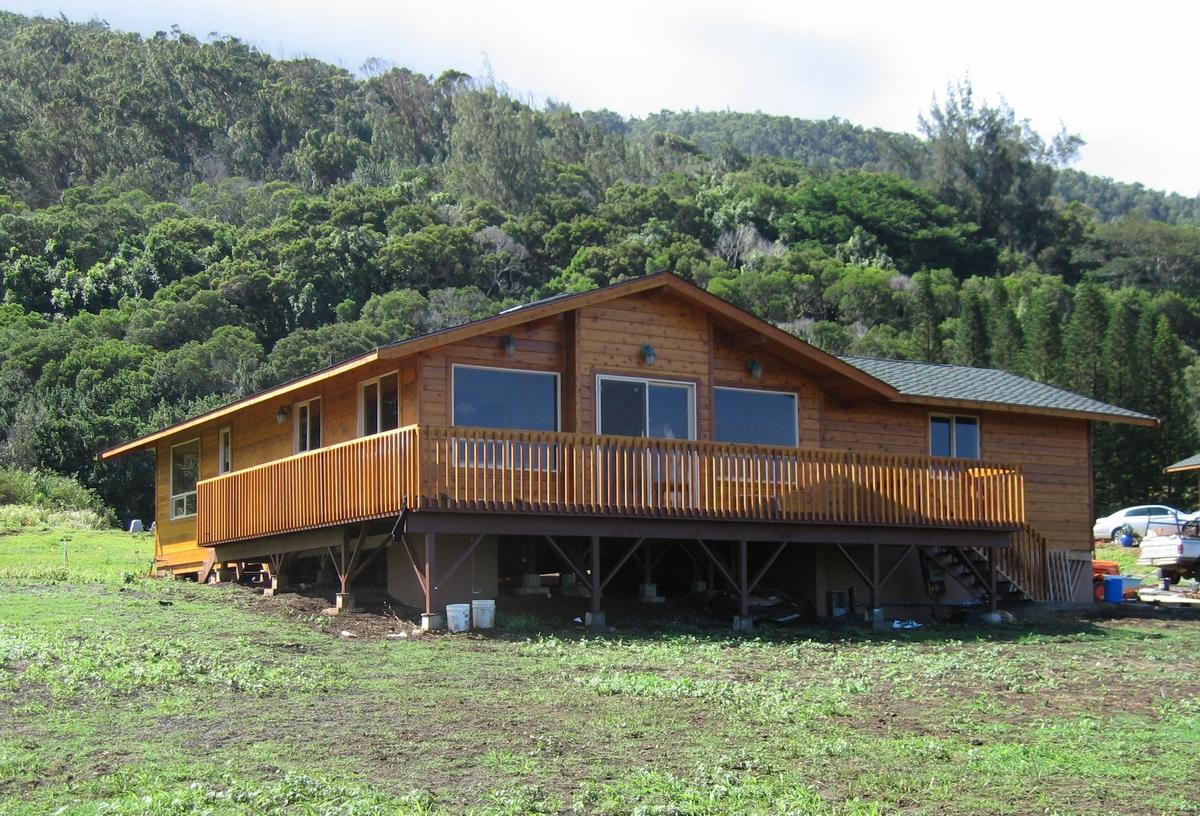 Mauna Loa Cedar Homes Custom Log Cabin Timber